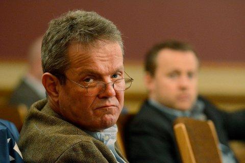SKUFFET: Ulf Erik Knudsen mener Jon Helgheim burde vært det naturlige førstevalget for Buskerud Frp. Nominasjonsmøtet mente noe annet.