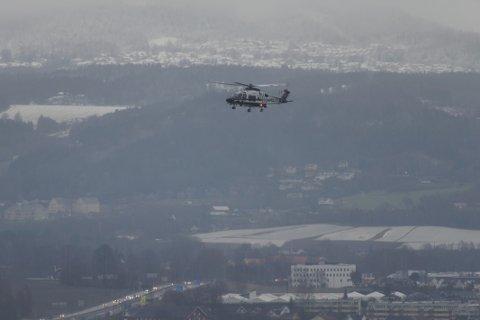 Politihelikopteret bisto under letingen.