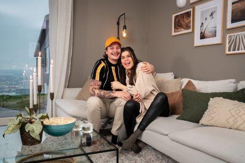 Kristin Gjelsvik og Dennis Poppe Thorsen. Foto: Espen Solli/TV 2