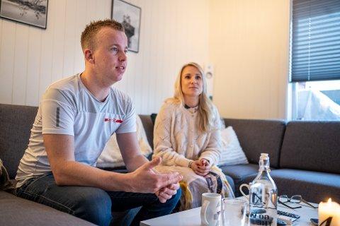 PÅ HJEMMEBANE: Torstein Eriksen og Line Lykke Jensen møttes gjennom idretten. Hjemme i Hokksund snakkes det imidlertid svært lite om rally.