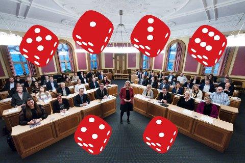 Konstituerende møte i kommunestyret i nye Drammen Kommune. Monica Myrvold Berg fra Ap ble valgt til første ordfører i den nye kommunen og Ståle Sørensen fra MDG ble ny varaordfører