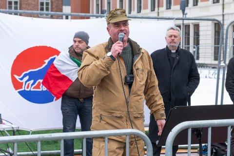 ARRESTERT: SIAN-leder Lars Thorsen ble arrestert i Drammen i går. Bildet er fra en tidligere anledning.
