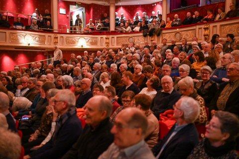 SUKSESS: Programsjefen i teateret beskriver Fjeld-konserten som en storm-suksess.
