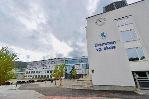 Drammen videregående skole er en av skolene som stenger.