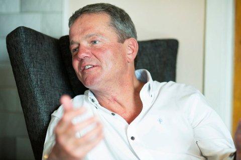 Ulf Erik Knudsen (Frp) reagerer på at Vestre Viken ikke vil gi opplysninger om koronasmittede.