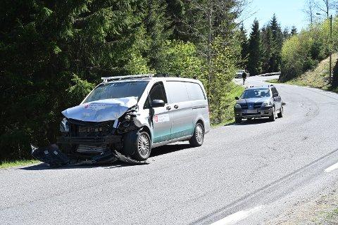 En av Lier Vei, Vann og Avløps biler er involvert i trafikkulykken.