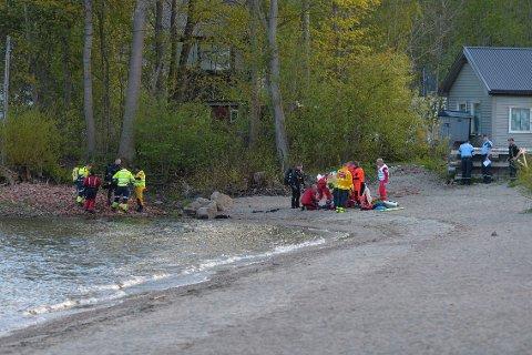 Mannen lå i det kalde vannet vannet i 50 minutter før han ble funnet.