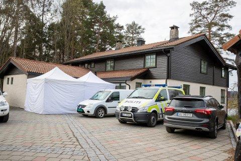 KRITISK: Datteren til Tom Hagen og Anne Elisabeth Hagen fra Lier, er i et langt brev kritisk til politiets arbeid med forsvinningen til moren. I brevet kommer det tydelig fram hvordan datteren har opplevd saken.