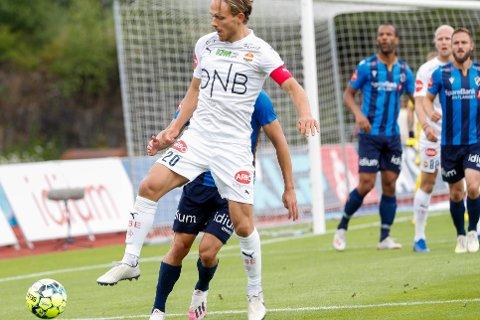 UNDER: Kaptein Mikkel Maigaard og Godset lå under 2-0 til pause.