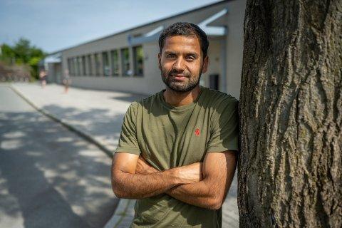 Karanveer «Kinni» Grewal (27) er nyansatt ved Bragernes skole.