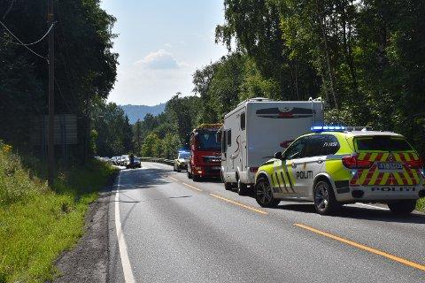 ULYKKE: Trafikken står stille etter en ulykke i Spikkestadbakkene i Asker kommune.