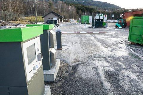 DYNAMITT: Gjenvinningstasjonen på Enger i Åmot ble stengt etter dynamitt-funn. Arkivfoto: Boel Kristin Støvern (Bygdeposten)