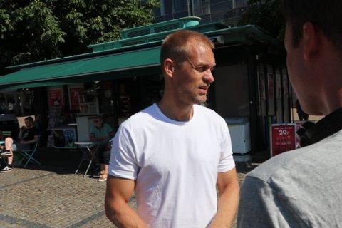 TV: Fredag filmet Farmen-teamet og Mads Hansen et innslag fra Bragernes torg.