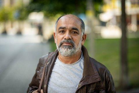Aihan Jaf orienterte mandag kveld styret i Lier SV om at han ønsket å trekke seg fra sine verv i partiet.