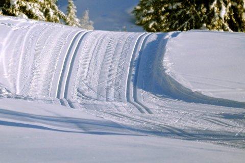 Skiløypene har vært et stort debattema i vinter. Nå får skifolket tilbake dobbeltspor for klassisk blant annet på strekningen fra Landfalltjern og innover Tverkenvegen.