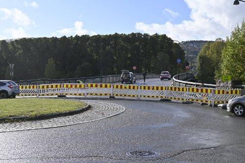 HIT: Men ikke lenger for bilister som hadde tenkt seg over Landfalløybrua denne lørdagen.