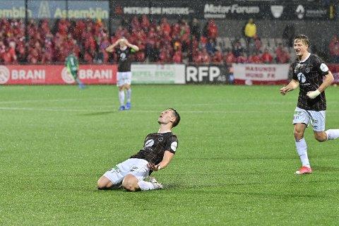 ANGREPSSPILLER: Lars Olden Larsen reddet poeng for Mjøndalen i den dramatiske matchen mot Brann.