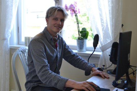 NOMINERT: 20-åringen fra Drammen er nominert til Spellemannpris: – Det er helt uvirkelig, jeg kommer ikke over det i det hele tatt, sier Niklas Paulsen til Drammens Tidende.