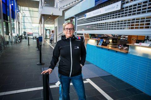 UTROLIG KJIPT: Daglig leder Kristina Vinda synes det er utrolig kjipt at flere av gjestene har opplevd reaksjoner som hevelser og utslett etter å ha besøkt Drammensbadet. Nå jobber de med å finne ut av årsaken.
