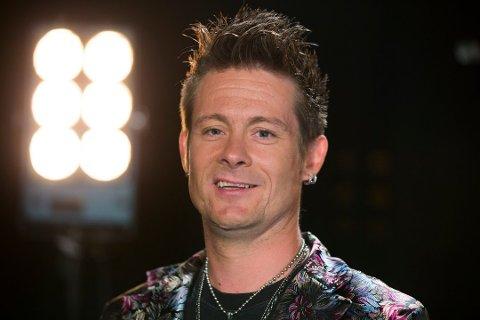 DELTAR MED NY GRUPPE: For tredje gang stiller Lars Erik Blokkhus (43) med et bidrag i Melodi Grand Prix. Denne gangen har han byttet ut «Plumbo» med det nye boybandet «Landeveiens Helter».