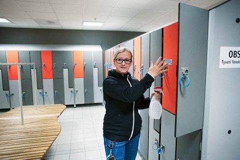 IKKE FORBUDT: Det blir ikke forbudt for folk fra andre kommuner å besøke Drammensbadet, men det frarådes på det sterkeste, forteller Kristina Vinda.