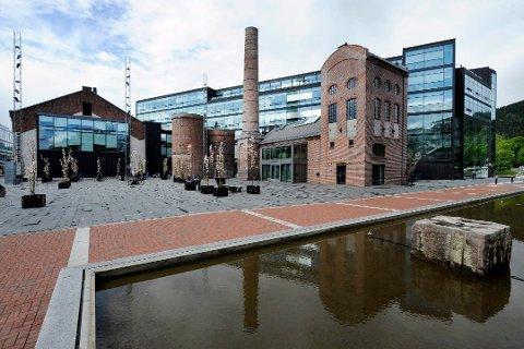 CAMPUS DRAMMEN: Universitetet i Sørøst-Norge har lokaler blant annet på Papirbredden i Drammen.