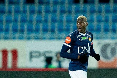 SCORET: Moses Mawa scoret et fint mål mot Lillestrøm, men det hjalp ikke. Det ble 3-2-tap for Lillestrøm søndag.