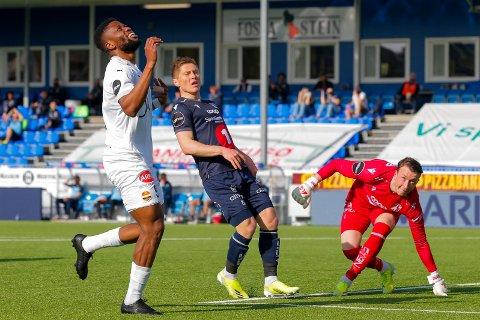 TAP: Strømsgodset spilte sin første bortekamp for sesongen 2.pinsedag. De marineblå møtte Kristiansund i matchen som endte 1-0 til hjemmelaget.