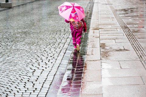 REGN: Det blir regnfullt og grått i Drammen denne uken.