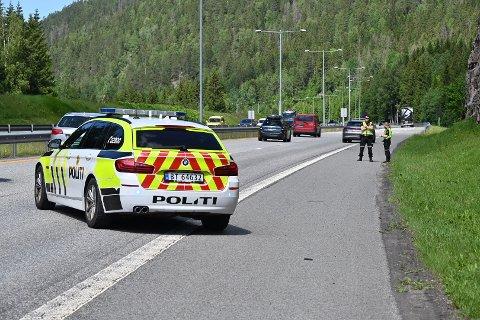Det var tirsdag ettermiddag at bilføreren stakk fra ulykka.