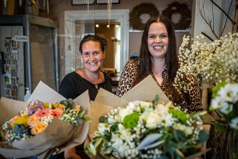 STERK SØKNAD: Denise Sandli (t.v.) og Solveig Røine har lagt inn søknad om å få selge blomster på Bragernes torg.