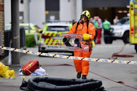 Hele Drammen politistasjon ble evakuert mandag ettermiddag etter at de mottok tre mistenkelige brev.