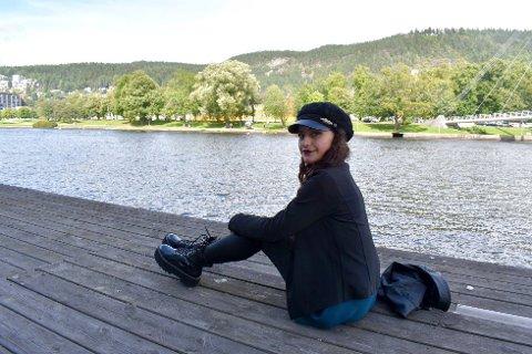 SYND: Marina Johanne Selmer trodde at følelsene hendes var syndige - nå vil hun hjelpe andre.