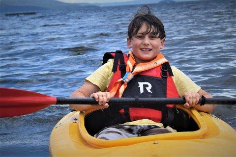 SOMMERFERIE: Oscar Verbitski (10) bruker sommeren sammen med speiderne.