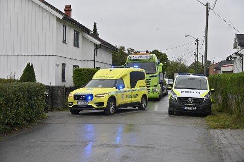 ULYKKESSTEDET: Snekkergata i Mjøndalen. Traileren i bakgrunnen av bildet har ikke noe med ulykken å gjøre.