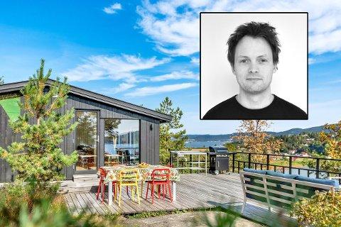 Børge Anfinsen har nå solgt hytta han og kameraten kjøpte for ti år siden.