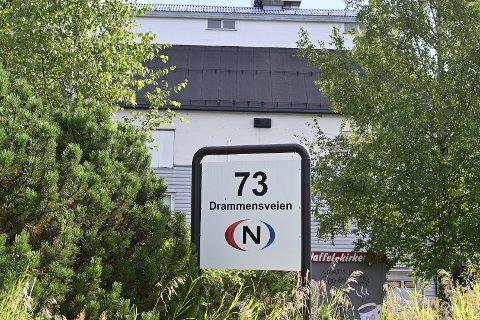 UTBRUDD: Minst 32 personer ble smittet etter et smitteutbrudd hos TV-kanalen Visjon Norge i Mjøndalen.