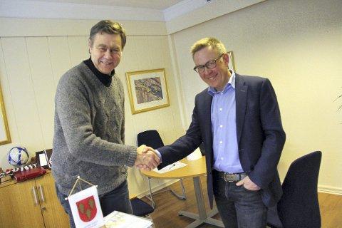Nyansatt: Fra 7. mars er det disse to som skal lede Nedre Eiker kommune. Ny rådmann Truls Hvitstein og ordfører Bent Inge Bye.