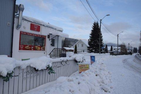 Steinberg Pizza og Grill har drevet uten serveringsbevilling siden de tok over stedet i mai.