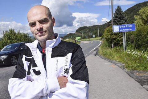 Lureri: – Politikerne lurer folk når de sier brukerfinansiering må til  for å løse veiutfordringene i Drammen. Veiene har vi allerede betalt for gjennom andre bilrelaterte avgifter, sier Halvorsen.Arkivfoto