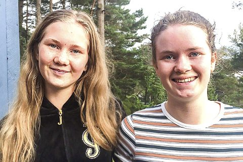 SIKTER INN: Oda Isnes Tyse (t.v.) og Anna Isnes Tyse fra Hokksund er klare for sitt tredje landsskytterstevne som innledes i Førde i dag. FOTO: PRIVAT