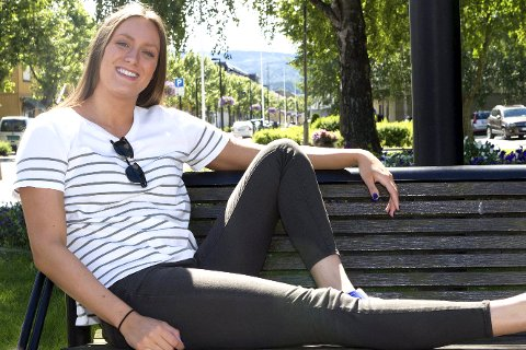 DRØM: – Olympiske leker i Tokyo er en drøm, smiler Stine Lise Steinseth. Burud-jenta drømmer om å stå på start når 200 meter frisvømmerne står på start om tre år.