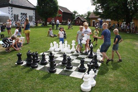 Utesjakk var en av de mange populære akivitetene på Fossesholm denne dagen.