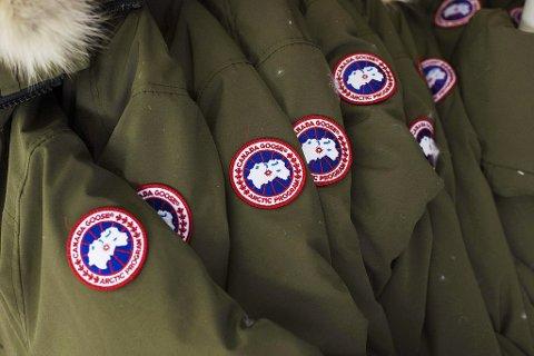 BANNLYSES: En skole i England bannlyser Canada Goose-jakker for å utjevne klasseforskjeller. Foto: Aaron Vincent Elkaim (Pa Photos)