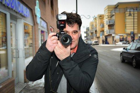Stig Odenrud er ansvarlig redaktør og daglig leder i Eikerbladet. Foto: Cathrine Aase