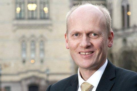SPENNENDE DAG: For statssekretær i samferdselsdepartementet, Anders B. Werp (H) er det en spennende dag på jobb.