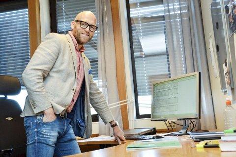 TABBET SEG UT: - Jeg kan bare beklage at jeg ikke har vært oppmerksom på søknaden jeg skulle ha sendt inn, sier Stig Rune Kroken. Han bor i Hokksund og var tidligere skolesjef i Øvre Eiker kommune.