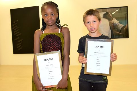 POESIVINNERE: Lehnen Bailey og William Johansen ble kåret til beste diktskriver i hver sin 3. klasse.