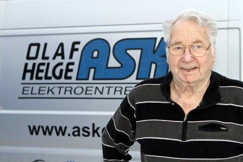 Installatør Olaf Helge Ask fra Hokksund fyller 85 år torsdag 20.februar 2019. Foto: Anders Kongsrud.;