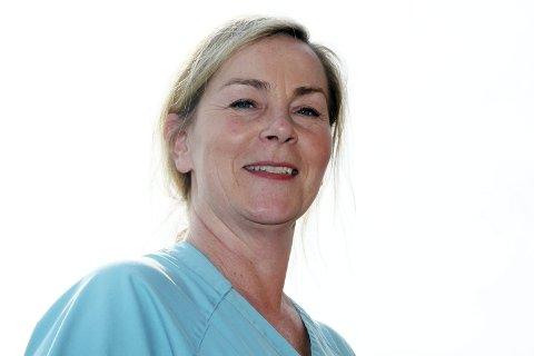 På jobb: Anne Line Pettersen skal på jobb på Solberglia i påsken, men gleder seg over en meningsfylt jobb og gode kolleger.